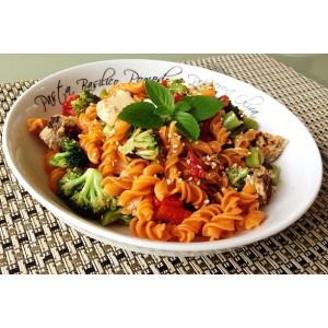 Almoço lindo: macarrão Tivva (sem glúten) com legumes salteados