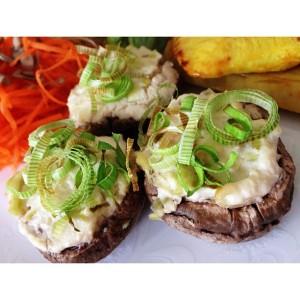 Cogumelos paris com creme de alho poró, essa vai ser uma das receitas deliciosas que temeros no primeiro curso!